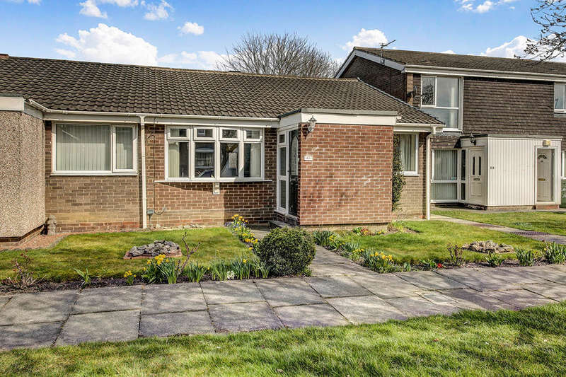 2 Bedrooms Bungalow for sale in Windermere Close, Cramlington, NE23