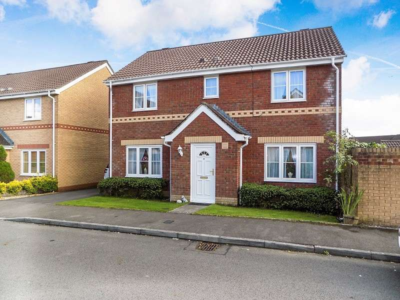 4 Bedrooms Detached House for sale in Fairplace Close, Broadlands, Bridgend. CF31 5BY