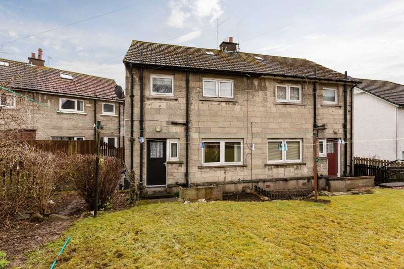 2 Bedrooms Semi-detached Villa House for sale in Gourdie Place, Charleston, Dundee, DD2 4RH