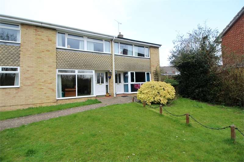 3 Bedrooms Semi Detached House for sale in Restwold Close, READING, Berkshire