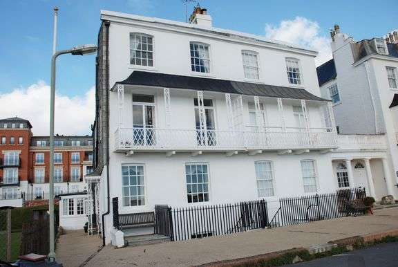3 Bedrooms Apartment Flat for sale in Fortfield Terrace, Sidmouth