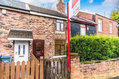 2 Bedrooms Terraced House for sale in Reddish Lane, Manchester, Greater Manchester