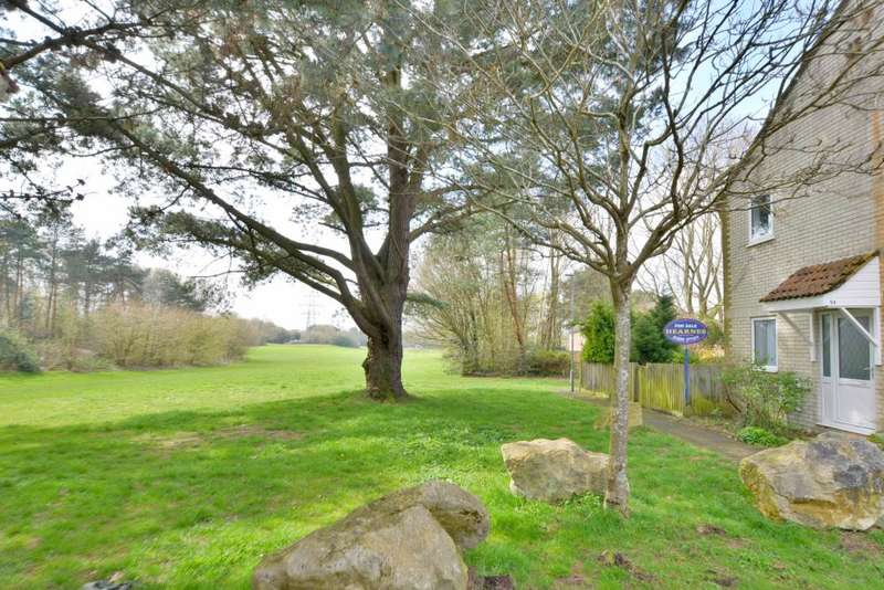 1 Bedroom Cluster House for sale in Bovington Close, Poole, BH17 8AZ