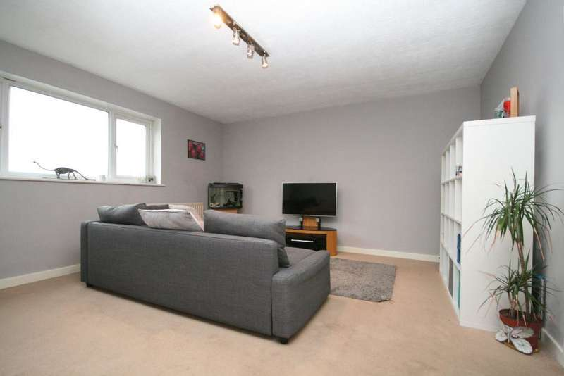 1 Bedroom Flat for sale in Station Road, Ainsdale, Southport, PR8 3HW