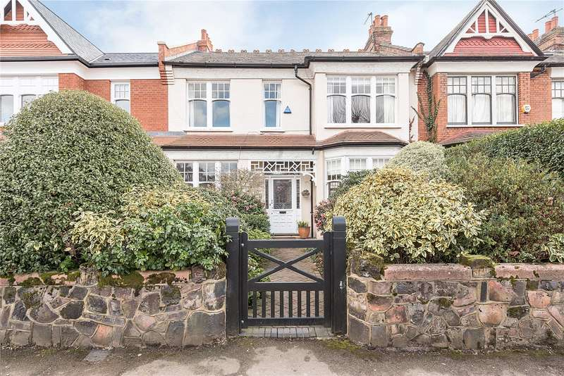 4 Bedrooms Terraced House for sale in Grand Avenue, London, N10