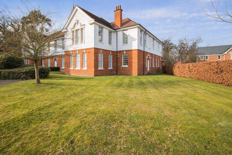 1 Bedroom Apartment Flat for sale in South View, Epsom