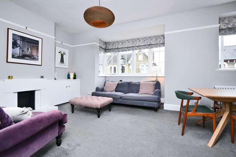 2 Bedrooms Flat for sale in Algernon Road, Lewisham