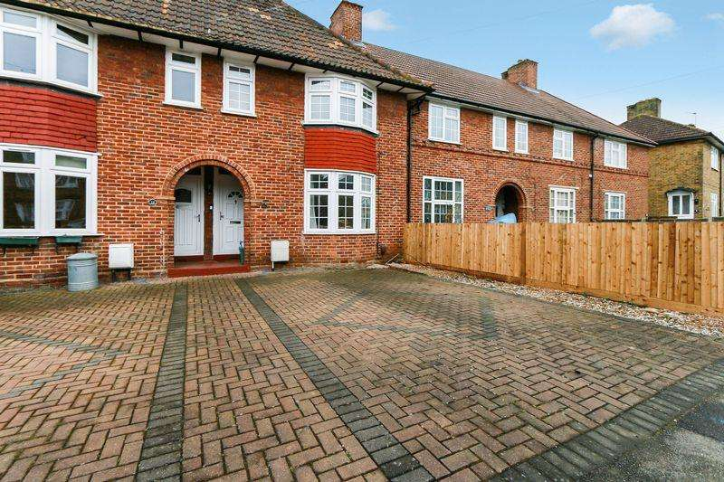 2 Bedrooms House for sale in Furness Road, Morden. SM4 6PS
