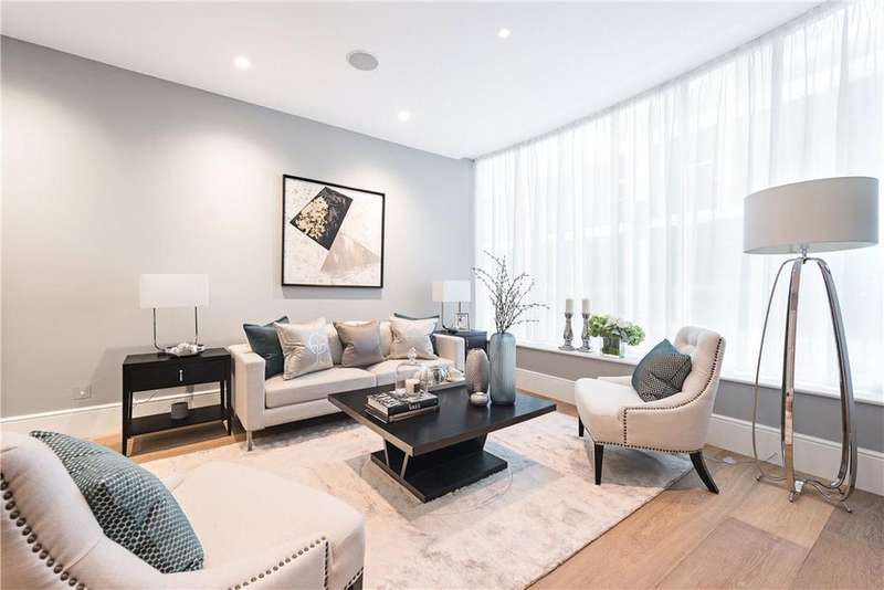 2 Bedrooms Terraced House for sale in Cleveland Street, Fitzrovia, London, W1T