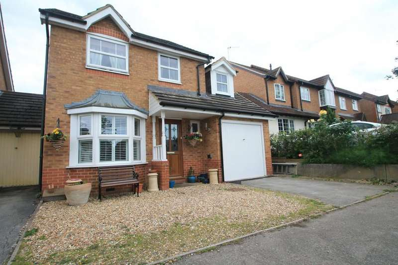 4 Bedrooms Link Detached House for sale in Aylesbury, Buckinghamshire