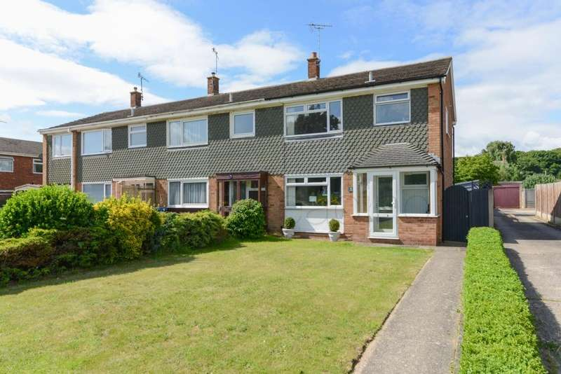 3 Bedrooms House for sale in Wells Way, Faversham, ME13