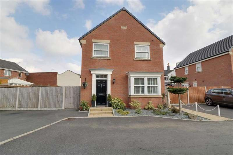 4 Bedrooms Detached House for sale in The Bowling Green, Goldenhill, Stoke-on-Trent