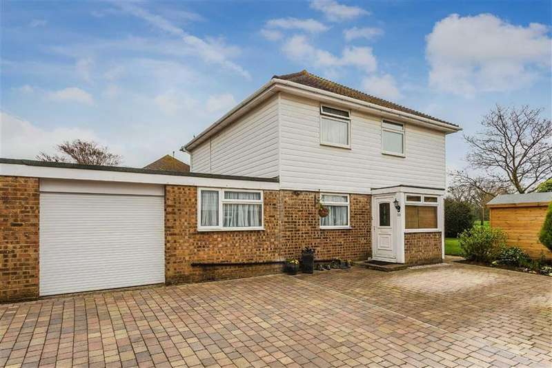 3 Bedrooms Link Detached House for sale in Roseacre, Hurst Green, Surrey