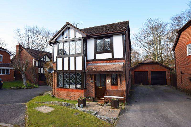 3 Bedrooms Detached House for sale in Kingfisher Close, Ridgewood