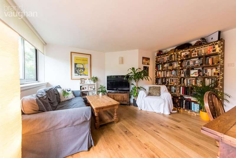 2 Bedrooms Ground Flat for sale in London Road, Preston, Brighton, BN1
