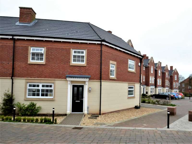 3 Bedrooms Semi Detached House for sale in Pilgrim Drive, Chorley, Chorley