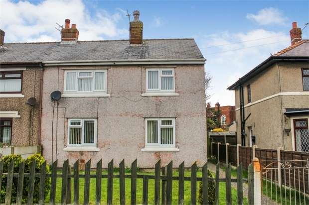 3 Bedrooms Semi Detached House for sale in Macbeth Road, Fleetwood, Lancashire