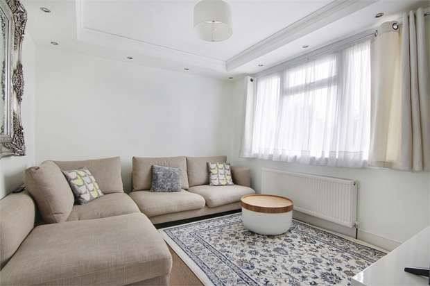 3 Bedrooms Terraced House for sale in Cogan Avenue, Walthamstow, London