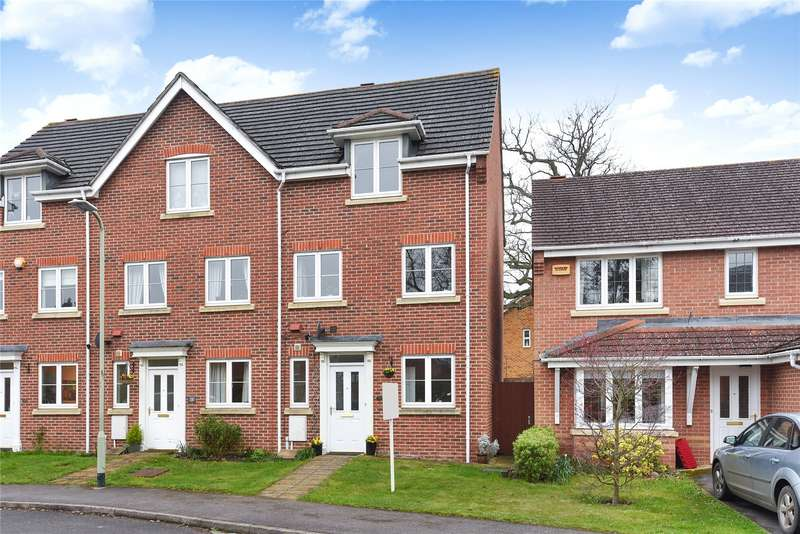 4 Bedrooms Terraced House for sale in Rayner Drive, Arborfield, Reading, Berkshire, RG2