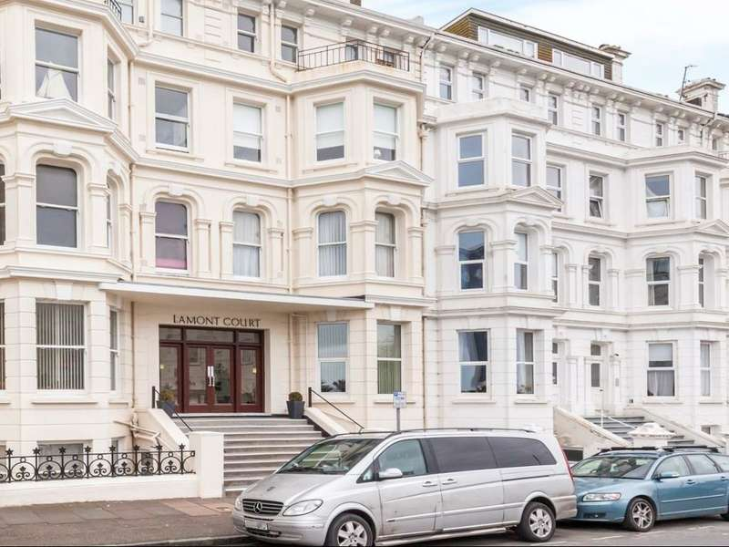 2 Bedrooms Flat for rent in Wilmington Square, Eastbourne, East Sussex, BN21 4EA