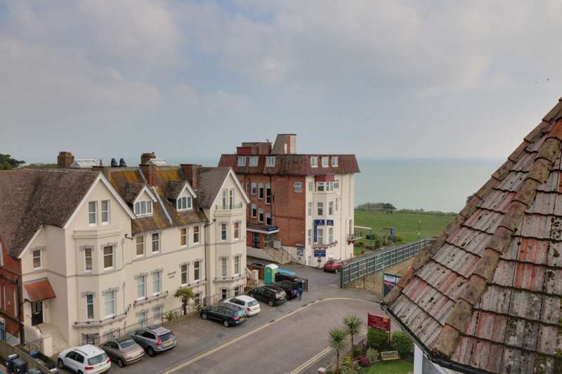 1 Bedroom Apartment Flat for sale in West Cliff Gardens, Bournemouth