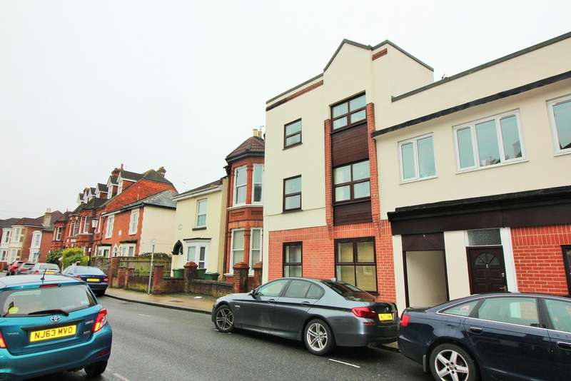 2 Bedrooms Flat for sale in Castle Road, Southsea