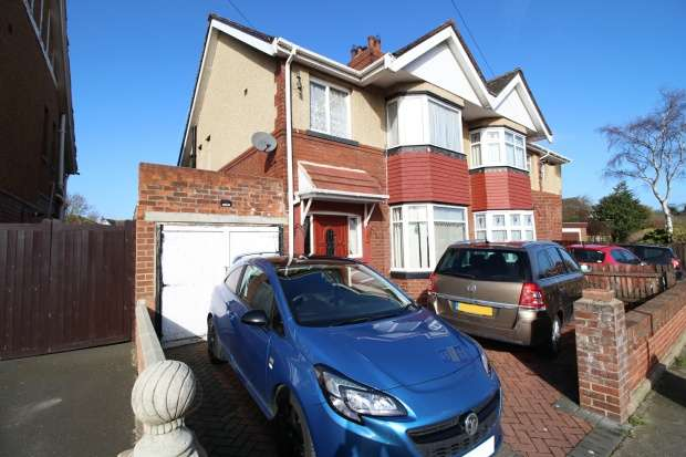3 Bedrooms Semi Detached House for sale in Westbrooke Avenue, Hartlepool, Cleveland, TS25 5HS