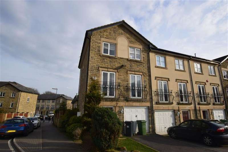 4 Bedrooms Town House for sale in Bluehills Lane, Lower Cumberworth, Huddersfield, HD8