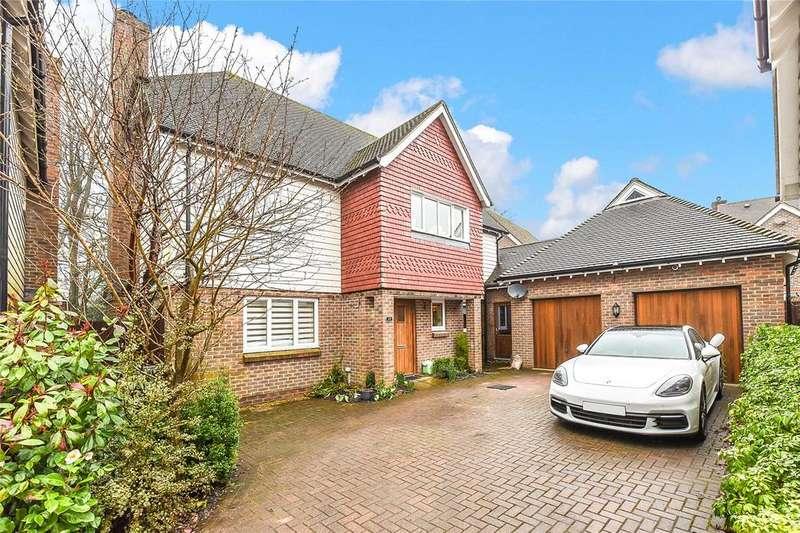 5 Bedrooms Detached House for sale in Bluebell Gardens, Medstead, Alton, Hampshire