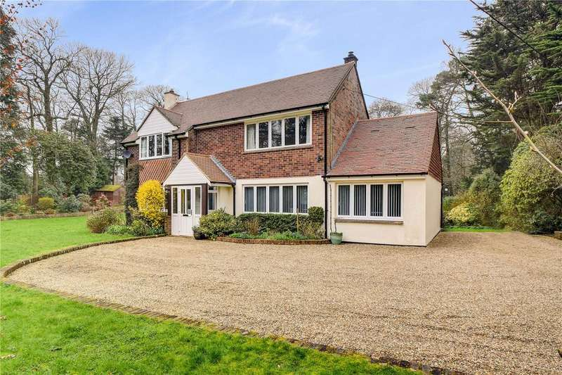 4 Bedrooms Detached House for sale in Hill Brow, Liss, Hampshire