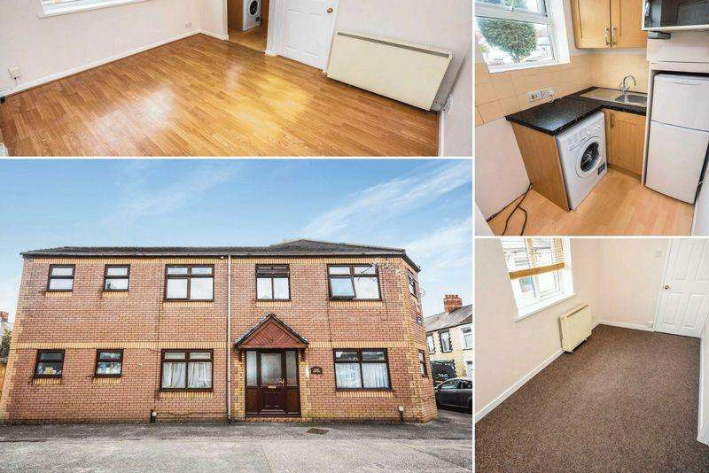 1 Bedroom Apartment Flat for sale in Lion Court, Daniel Street, Cathays, Cardiff