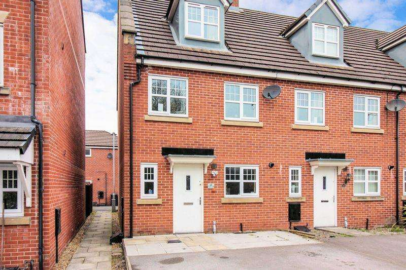 4 Bedrooms Town House for sale in Valley Mill Lane, Bury