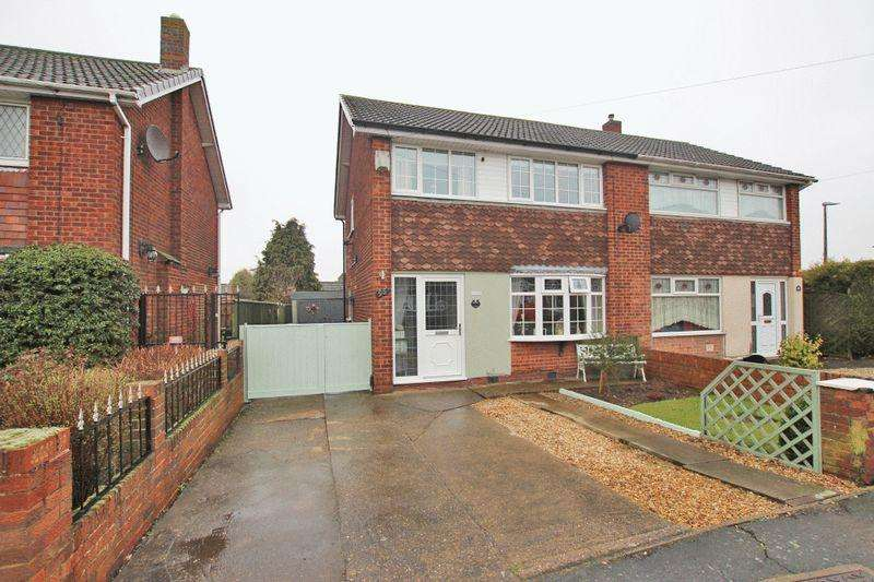 3 Bedrooms Semi Detached House for sale in WOODLANDS AVENUE, IMMINGHAM