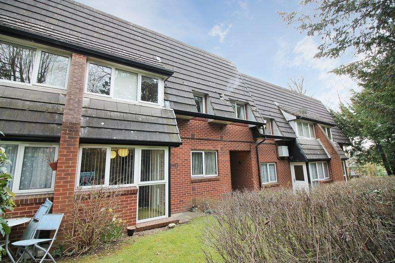 1 Bedroom Apartment Flat for sale in The Knoll, Ripon