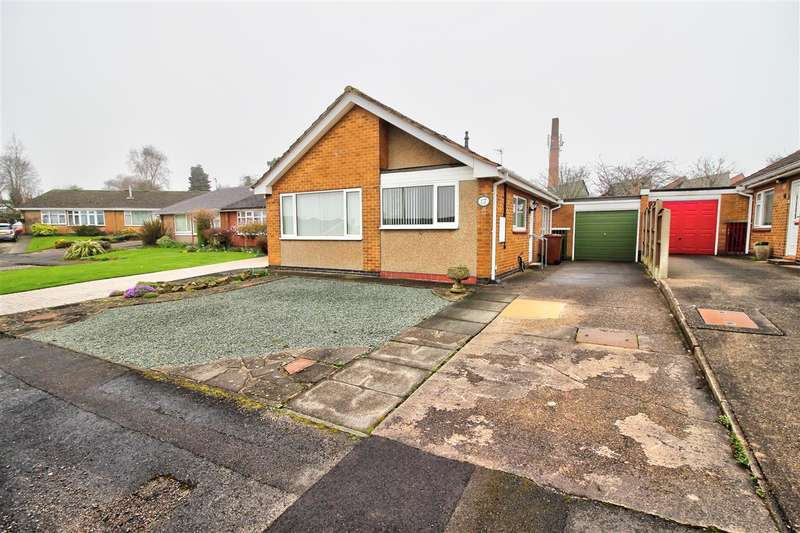 3 Bedrooms Detached House for sale in Hermitage Walk, Ilkeston