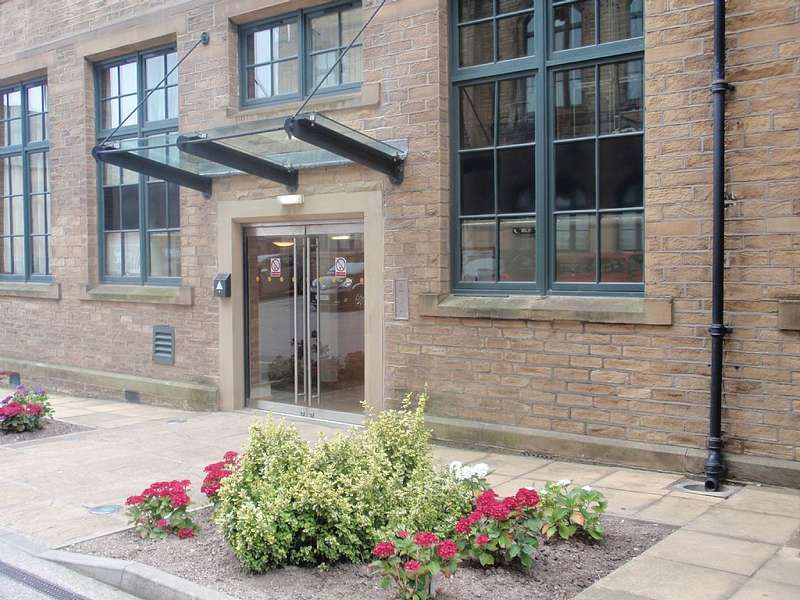 1 Bedroom Apartment Flat for sale in Flat 38, Byron Halls, Byron Street, Bradford, West Yorkshire, BD3 0AR