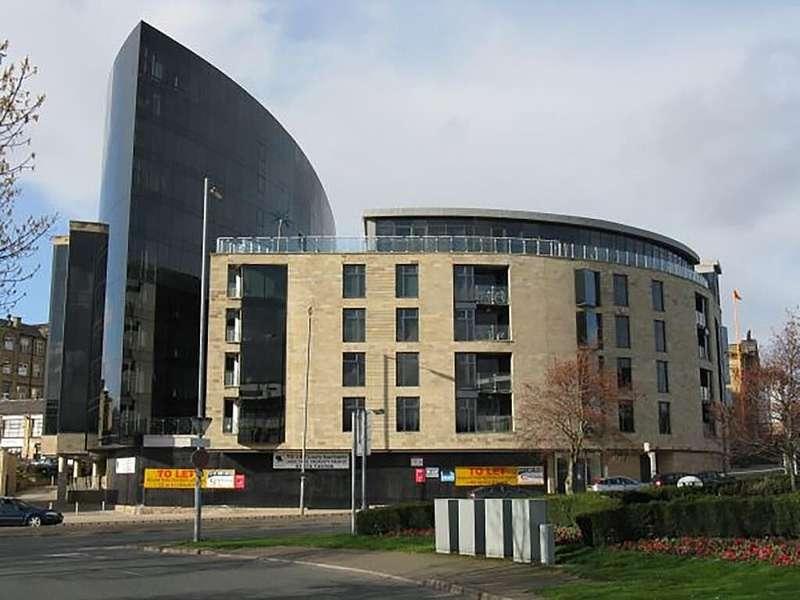1 Bedroom Apartment Flat for sale in The Gatehaus, Leeds Road, Bradford, West Yorkshire, BD1 5BQ