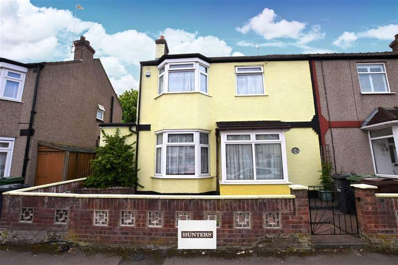 3 Bedrooms Terraced House for sale in Heath Road, Romford, RM6 6LH