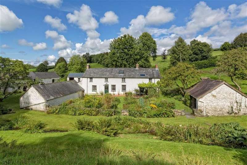 5 Bedrooms Detached House for sale in Alltfadog, Capel Madog, Aberystwyth, Ceredigion, SY23