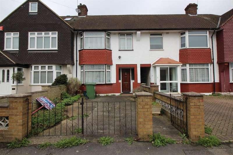 3 Bedrooms Terraced House for sale in Ruthven Avenue, Waltham Cross, Herts EN8