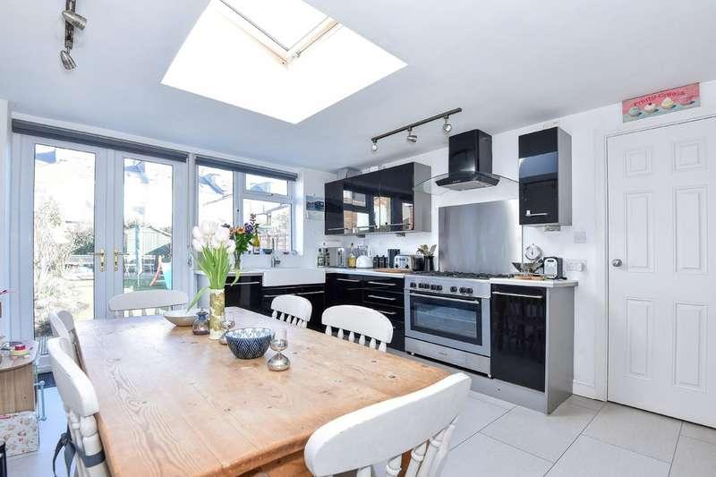 2 Bedrooms Terraced House for sale in Duke Street, Cheltenham