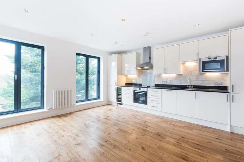 1 Bedroom Flat for sale in Lascotts Road, Bowes Park, N22