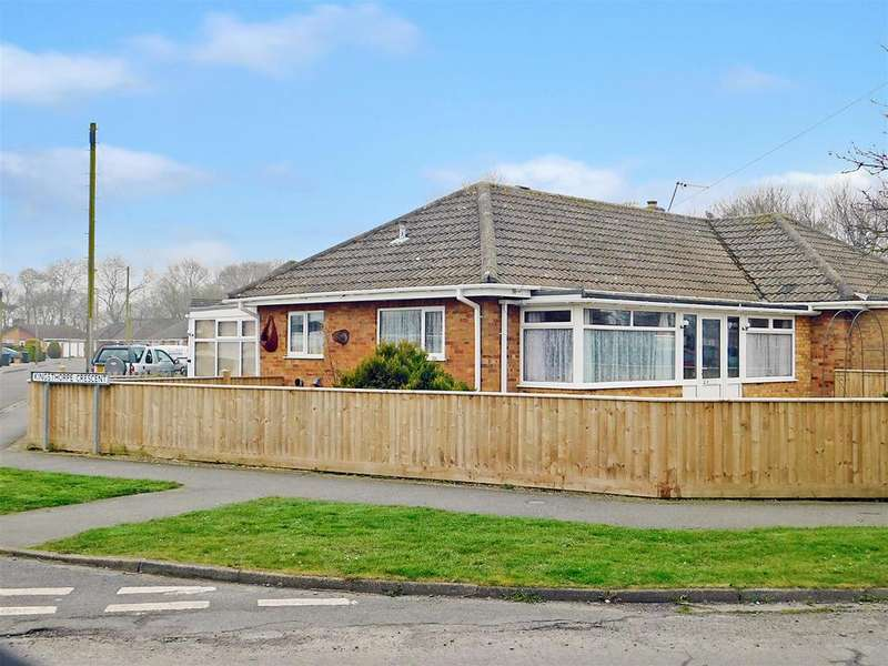 2 Bedrooms Semi Detached Bungalow for sale in Kennedy Avenue, Skegness, , PE25 3PN