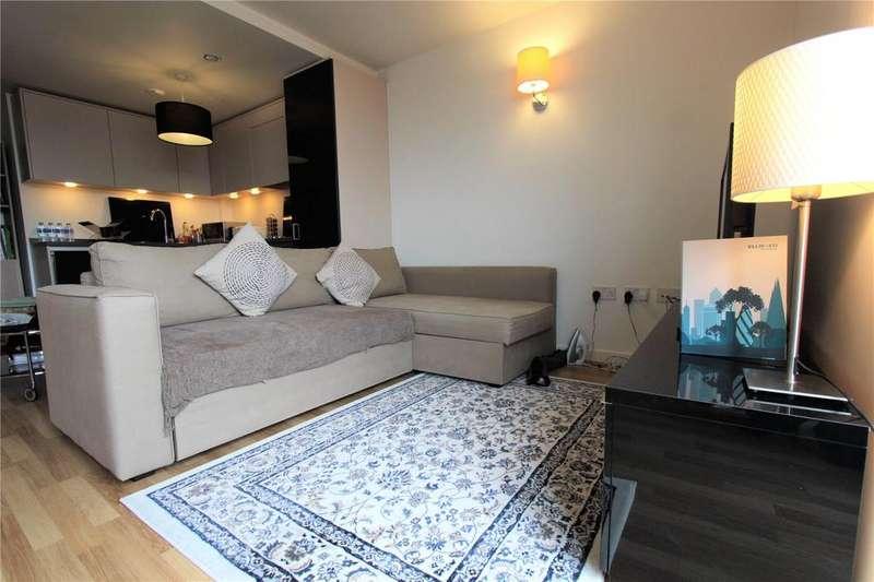 2 Bedrooms Apartment Flat for sale in Quadrant Court, Empire Way, Wembley, HA9