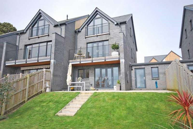 4 Bedrooms Semi Detached House for sale in Nr. Gyllyngvase Beach, Falmouth, South Cornwall, TR11