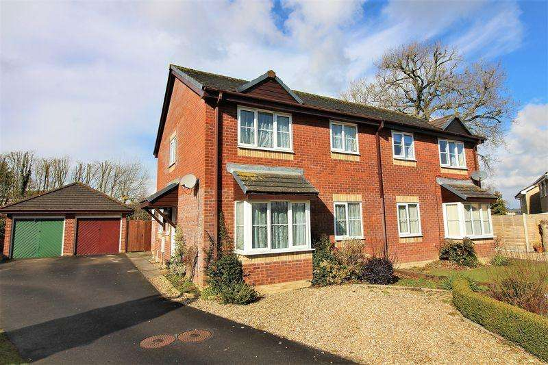 3 Bedrooms Semi Detached House for sale in Barberry Drive, Chard