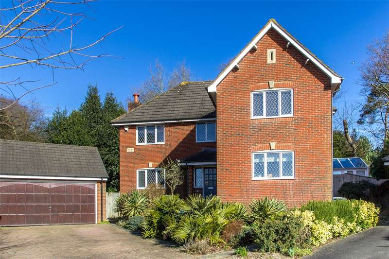 5 Bedrooms Detached House for sale in Hazelwood Heights, Oxted, Surrey, RH8