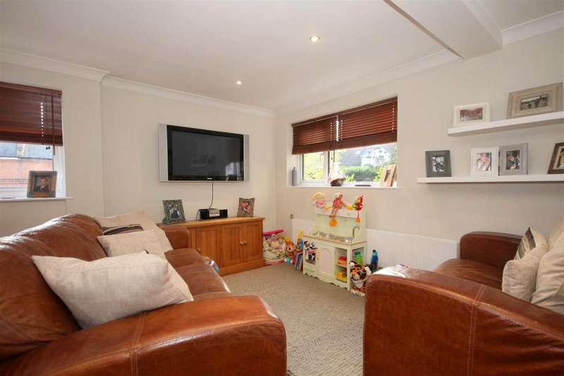 2 Bedrooms House for sale in IDEAL LOCATION FOR TRAIN STATION, GARAGE and PARKING, BOXMOOR HP1