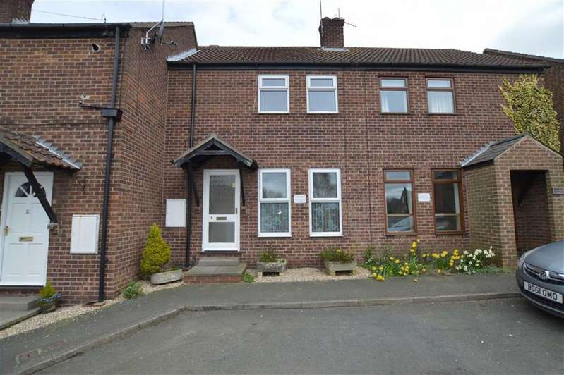 2 Bedrooms Terraced House for sale in Main Street, WITHERNWICK, East Yorkshire