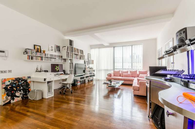 1 Bedroom Flat for sale in Clerkenwell Road, Islington, EC1M